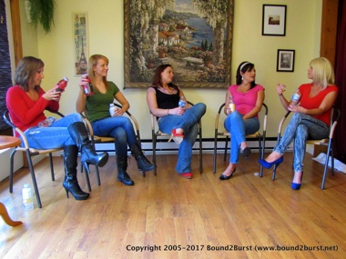 Lily, Amber, Rachael, Lola & Carissa: Holding Contest 7 Remastered (MP4)